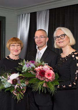 Kristiina Louhi, Karo Hämäläinen ja helena Ruuska. Kuva: Katri Lehtola
